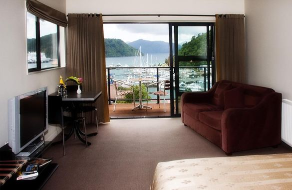 Harbour View Motel Picton image