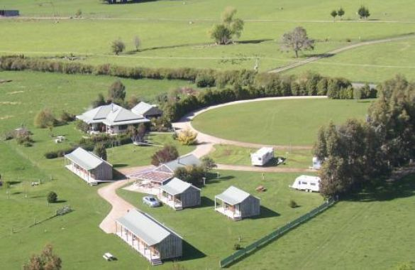 Smiths Farm Holiday Park image