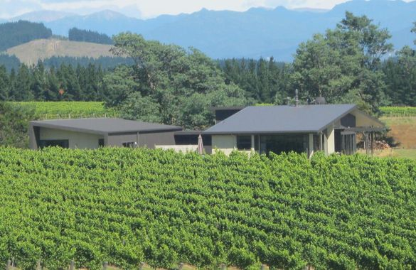 Seven Peaks Vineyard Accommodation image