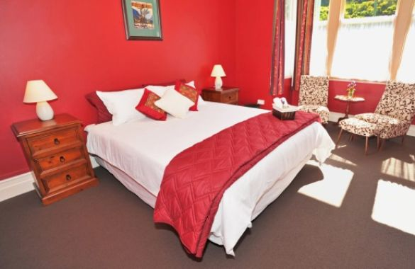 Fernview Cottage Bed and Breakfast image