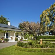 St Leonards Vineyard Cottages image