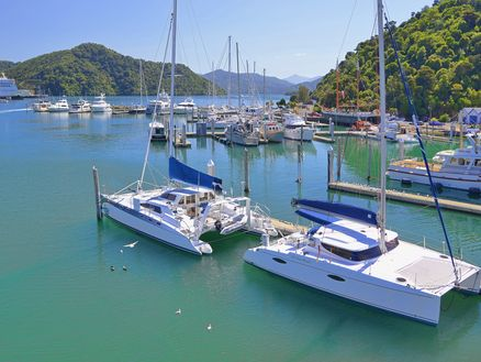 Boating in the Marlborough Sounds by Richard Briggs